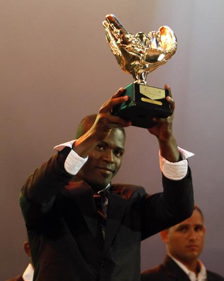 Guillermo Heredia, guante de Oro. Foto: Ismael Francisco/Cubadebate.