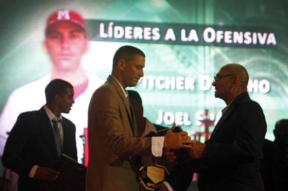 Joel Suárez mejor pícher derecho. Foto: Ismael Francisco/Cubadebate.
