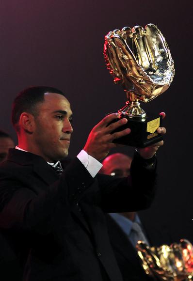 Dayron Varona, guante de Oro.  Foto: Ladyrene Pérez/Cubadebate.