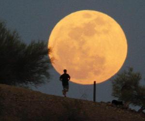 La Luna se situará esta noche en el punto más cercano a la Tierra