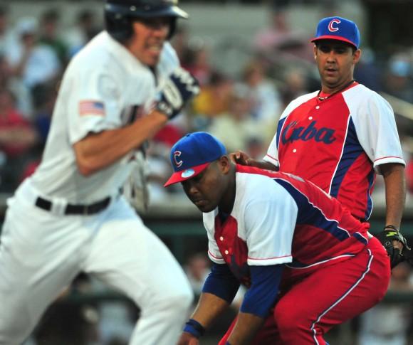 1mer juego de la selección de beisbol de Cuba que participara en el tope con su similar de Estados Unidos. Foto: Ricardo López Hevia/Cubadebate