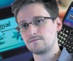 2666Edward-Snowden-580x339