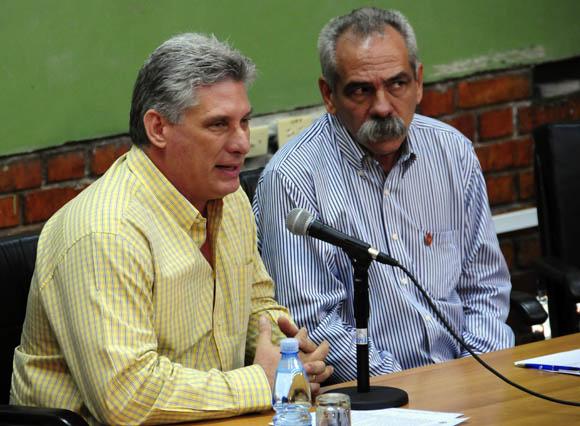 Participa Miguel Díaz-Canel,  Primer Vicepresidente cubano en sesiones de trabajo de las comisones del parlamento cubano. Foto: Ismael Francisco/Cubadebate.