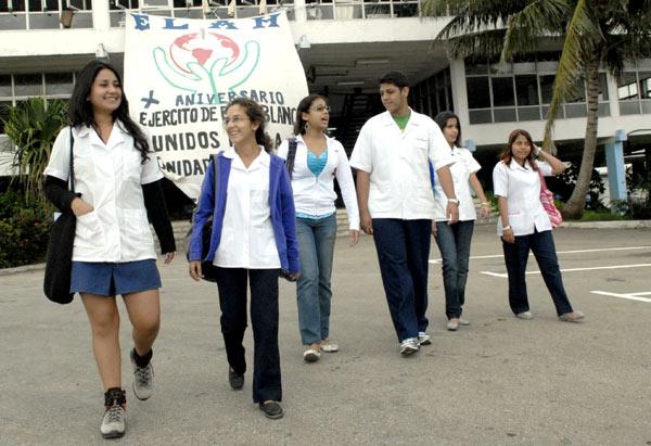 La Escuela Latinoamericana de Medicina ha formado a miles de médicos procedentes de 60 países