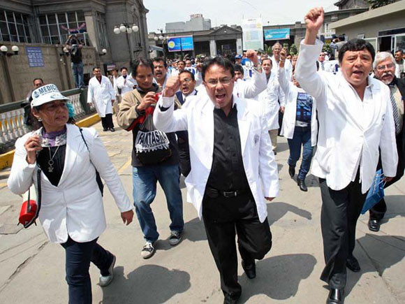 Huelga Perú