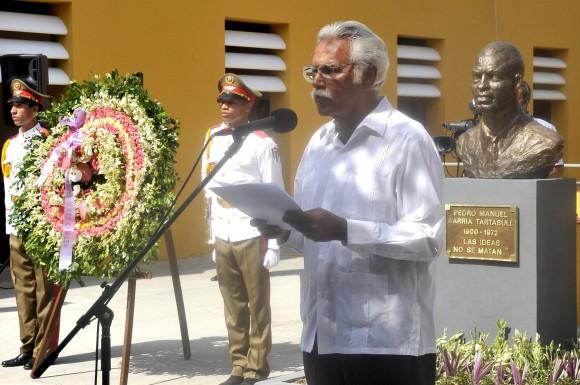 Omar López,  conservador de la ciudad de Santigo de Cuba, durante el Acto de develación del busto de Pedro Sarria. Foto: José Raúl Rodríguez Robleda