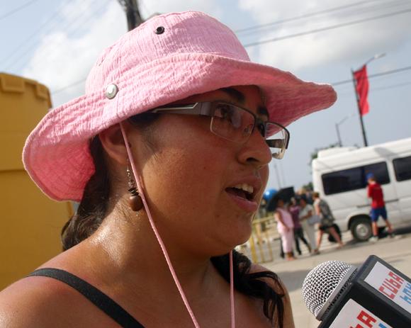 Melina, mexicana de visita en Santiago de Cuba. Foto: Jorge Legañoa/Cubadebate.