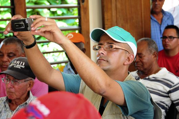 El periodista Juan José Rodríguez Girado, de Radio Guamá. Foto: Ladyrene Pérez/Cubadebate.