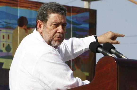 Ralph Gonsalves, Primer Ministro de San Vicente y las Granadinas en el Acto por el Aniversario 60 del Asalto al Cuartel Moncada. Foto: Ismael Francisco/ Cubadebate