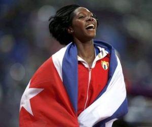 La pertiguista cubana Yarisley Silva gana título en Mundial de Atletismo