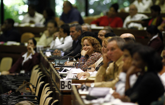 Diputados en la clausura del primer período ordinario de la VIII Legislatura de la Asamblea Nacional del Poder Popular. FOTO: Ismael Francisco/CUBADEBATE