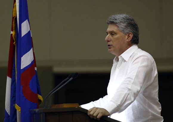 Miguel DIaz-Canel en discurso de clausura del 9no congreso de la UPEC. Foto: Ismael Francisco/Cubadebate.