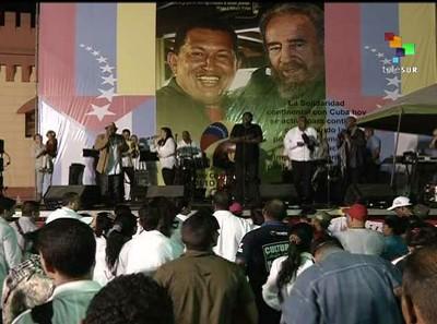venezolanos celebran cumple de chávez