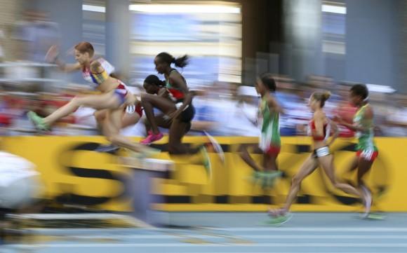 Carrera de los 3.000 m obstáculos femeninos. DOMINIC EBENBICHLER (REUTERS