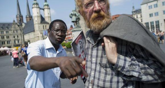 Imagen de la participación de Diaby en un acto electoral el pasado 6 de julio en Halle (Sajonia-Anhalt).