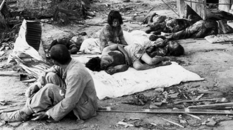 Víctimas de las bombas atómicas lanzadas sobre Hiroshima y Nagasaki.