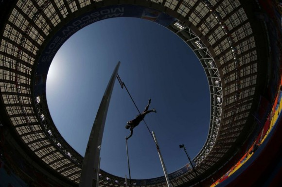 Vista del estadio Luzhniki durante la prueba de salto con pértiga. ADRIAN DENNIS (AFP)
