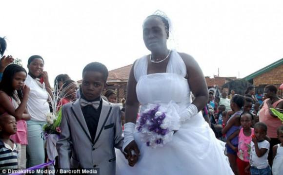 Sanele y Helen, singulares esposos