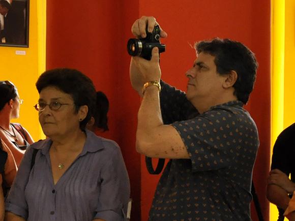 Inauguración de la exposición fotográfica por el 10mo Aniversario de Cubadebate. Foto: Roberto Garaicoa/Cubadebate.