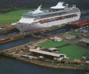 Canal de Panamá cumple 14 años en manos de sus verdaderos dueños