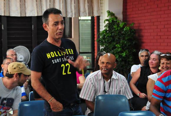Otto Bertrand (Otto), forista habitual de los espacios deportivos. Foto: Ladyrene Pérez/Cubadebate.