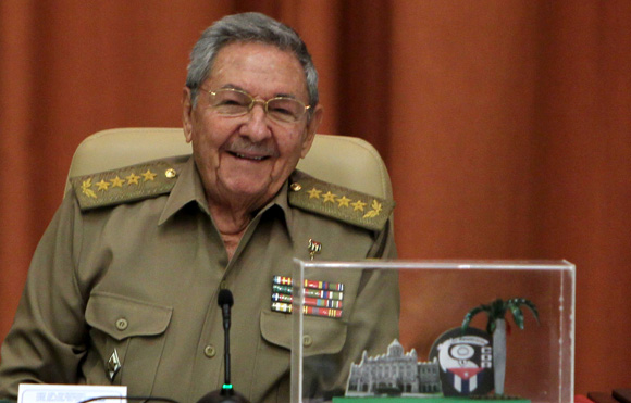 Envía Raúl mensaje de saludo a los CDR en su 55 aniversario