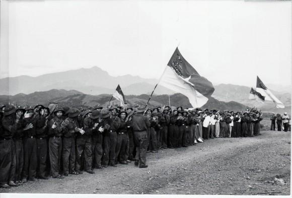 Combatientes vietnamitas saludan a Fidel. Septiembre de 1973