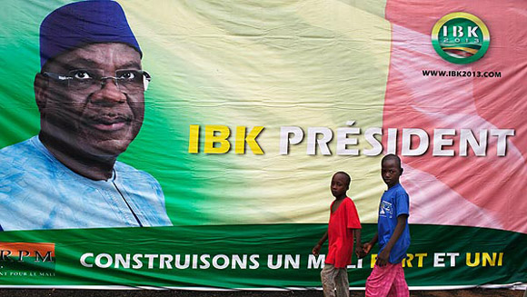 Cartel electoral de Ibrahim Boubacar Keita. Foto: Reuters.
