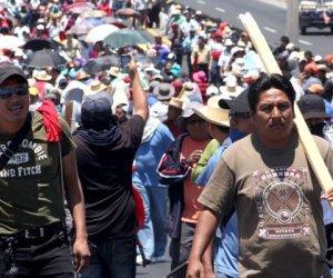 Protestas en México contra Peña Nieto al cumplir primer año de mandato