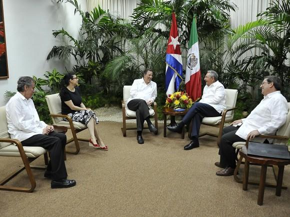 Raúl con Canciller mexicano en La Habana, 12 de septiembre de 2013. Foto: Estudios Revolución