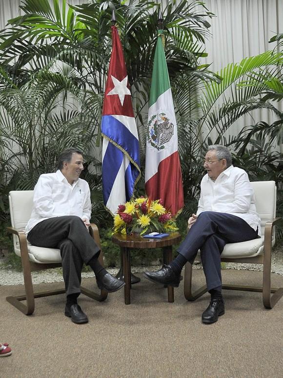 RAUL CON CANCILLER MEXICANO