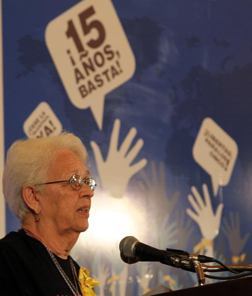 Mirta Rodríguez durante el Encuentro Internacional por la Libertad de los 5. Foto: Ismael Francisco/Cubadebate.