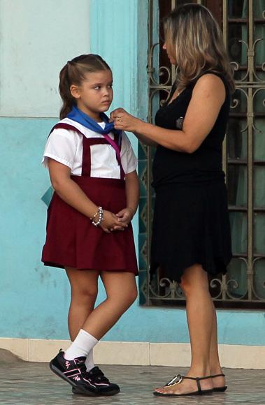 """""""Hazme caso, mi niña"""".  Foto: Ismael Francisco/Cubadebate."""