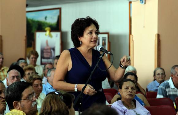 Intervención de Arleen Rodríguez en representación de la Unión de Periodistas de Cuba. Foto: Ladyrene Pérez/Cubadebate.