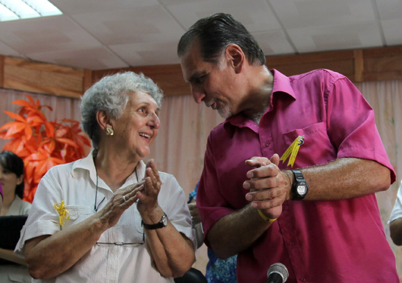 Irma Sehweret y René González. Foto: Ladyrene Pérez/Cubadebate.