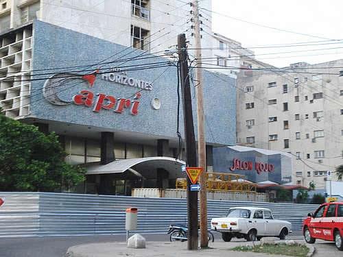 hotel-capri-street