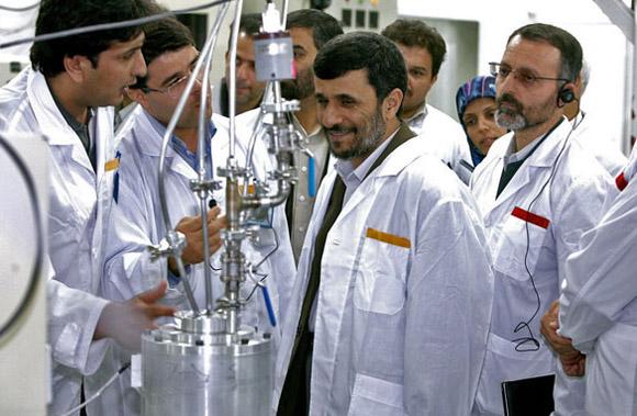 Irán y todos los países del mundo tienen derecho al desarrollo nuclear con fines pacíficos.