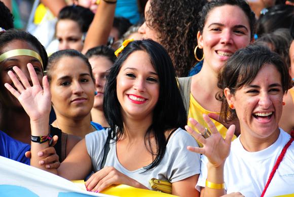 Cintas amarillas por Los Cinco. Foto: Ladyrene Pérez/Cubadebate.