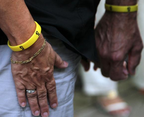 Manillas amarillas por el regreso de los 5 compatriotas cubanos presos en Estados Unidos. Foto: Ismael Francisco/Cubadebate.