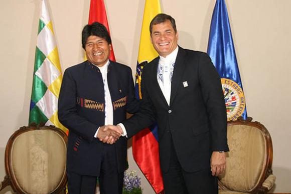 """El presidente venezolano señaló en esa ocasión que la reunión servirá para """"seguir revisando la estrategia de consolidación del ALBA en Suramérica, en el Caribe"""