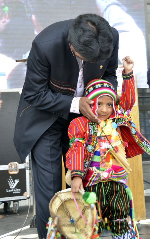 Evo Morales en la Facultad de Peridosimos de La Plata fotos Kaloian (25)