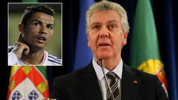 Gobierno luso defendió al jugador de las burlas del titular de la FIFA. (Internet/Reuters
