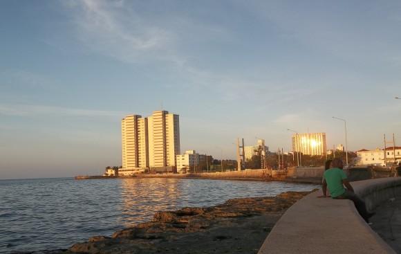 Malecón Dorado. Foto: Amauris Domínguez Meriño