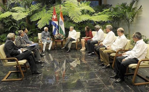 Raul con Vicepresidente indio
