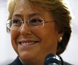 Encuesta: Bachelet favorita para ganar elecciones de Chile