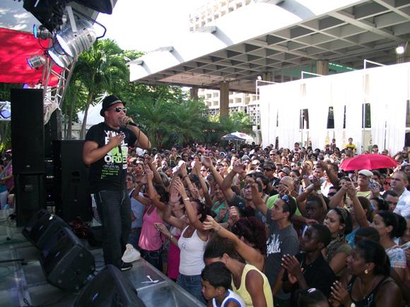 Arnaldo y su Talismán serán los encargados de inaugurar la jornada de conciertos en el Pabellón Cuba el próximo 10 de octubre. Foto: archivo Marianela Dufflar.