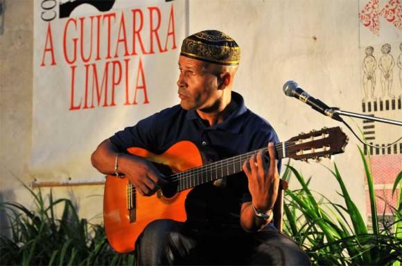 El guitarrista Rey Ugarte. Foto: Lynet Pujol/ Centro Pablo.