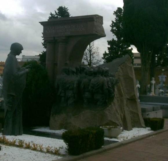 Monumento a los soldados soviéticos que combatieron por la República española. Foto: La pupila insomne.