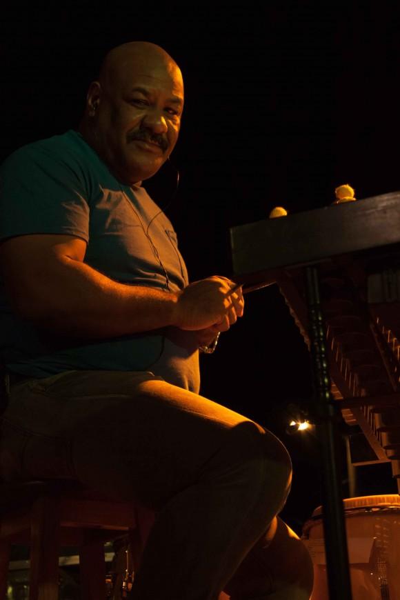 El Maestro Emilio Vega. Foto: Alejandro Ramírez Anderson.