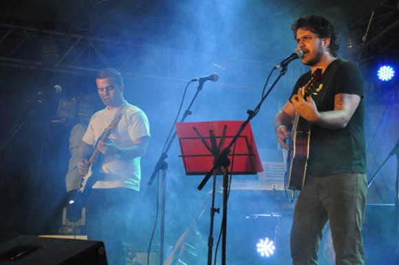 17Cierra la Gala con musica. Foto. Roberto Garaicoa. Cubadebate.